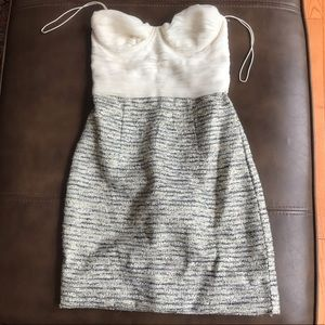 Alice + Olivia Size 0 Cream Tweed Strapless Dress